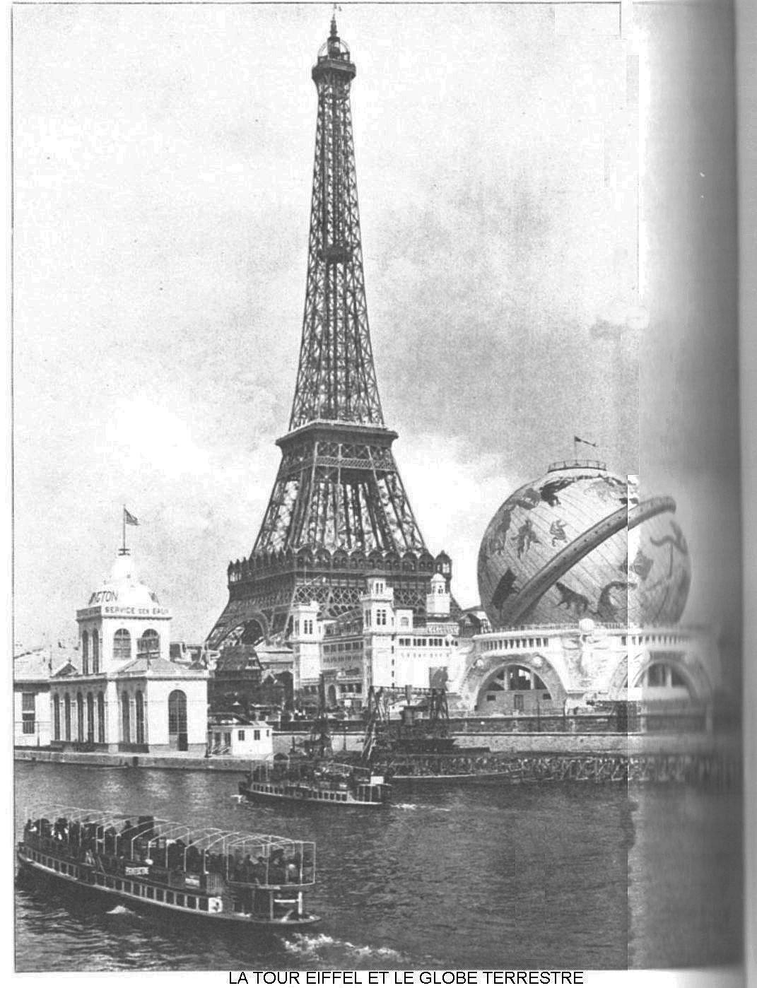 La tour eiffel et le globe terrestre